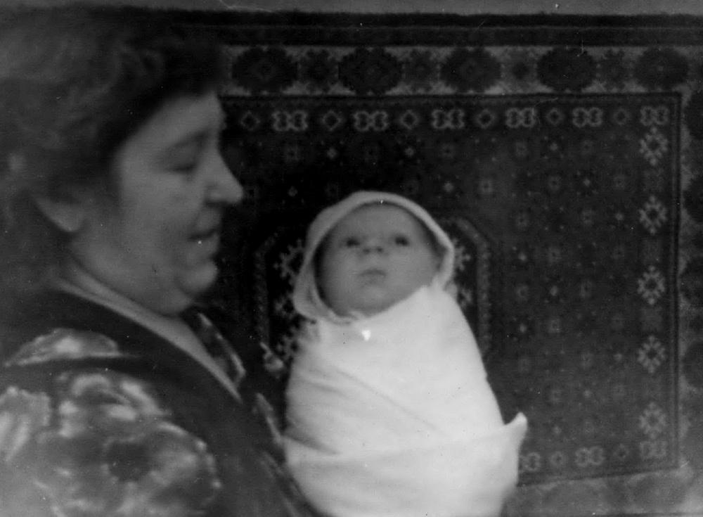 Гэта адзін з першых маіх здымкаў — мы з мамай