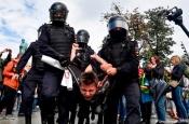 """Роскомнадзор требует от Google цензурировать информацию о """"незаконных акциях"""" на YouTube"""
