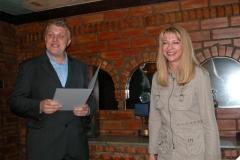 Адна з лаурэатаў прэміі за 2004 год — вядомая беларуская журналістка Ірына Халіп