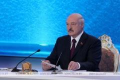 Александр Лукашенко: Я ставил перед Путиным вопрос о недопустимости создания в России сайтов, направленных на дискредитацию Беларуси