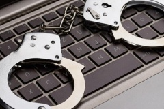 Генпрокурор предложил ввести ответственность за ложную информацию в интернете