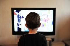 В Беларуси планируется отменить запрет на трансляцию рекламы в детских передачах