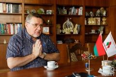 По предложению Ананич. Давыдько возглавил комиссию по правам человека и СМИ