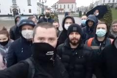 На Нямізе сабраліся прыхільнікі затрыманага блогера Ціханоўскага