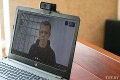 Суды над журналистами: фотокорреспондент работал за компьютером, милиционеры говорят — митинговал