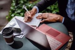 6 возможностей с дедлайном в апреле – для журналистов всего мира
