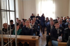 Праваабаронцаў і актывістаў вывелі з суду над берасьцейскім блогерам