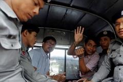Два журналісты Reuters асуджаныя ў М'янме на 7 гадоў турмы