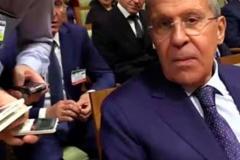 Сергей Лавров согласился бы бить журналистов электрошокером