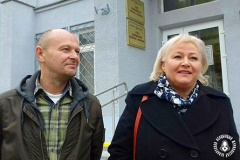 Журналістаў Любоў Лунёву і Змітра Краўчука пакаралі штрафамі. І паказанні чыноўніцы на іх карысць не дапамаглі