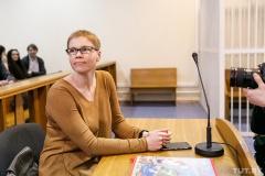Судят редактора Tut.by Марину Золотову. Онлайн первого дня процесса