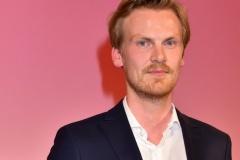 Немецкий «журналист года» и обладатель еще 11 премий придумывал свои репортажи. В Der Spiegel назвали это худшим, что случилось с изданием за 70 лет
