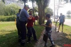У Гомелі міліцыя прыкавала кайданкамі да дрэва журналіста-фрылансера Жукоўскага