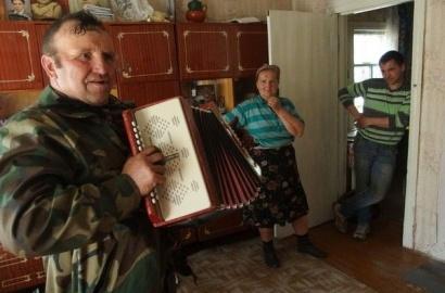 Счастливые люди: «Репортаж с рюкзаком» съездил в деревню под ЧАЭС, где живут самосёлы