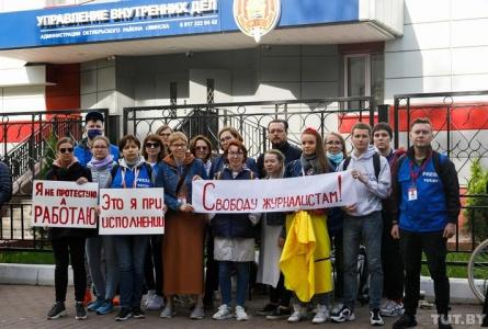 От задержаний до уголовных дел. Как ужесточались репрессии против журналистов после выборов-2020