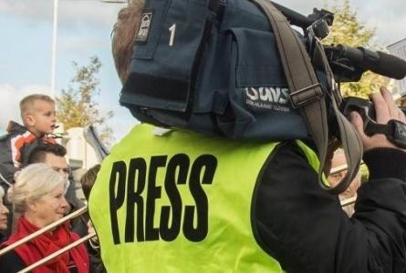 Что делать, если под дверь положили кладбищенский венок? Практические аспекты безопасности журналистов