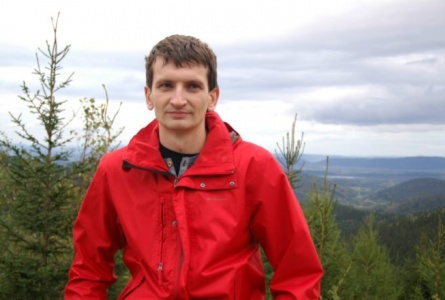 Freelance Journalist Beaten and Detained for Streaming from Polling Station in Minsk, to Be Put on Trial on Monday
