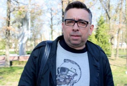 Блогер Петрухин должен заплатить более 4000 долларов штрафа за оскорбление милиционера