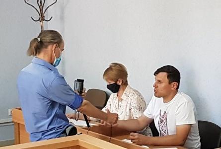 Police detains 3 journalists in Mahiliou region. Laptsevich goes on hunger strike. Burakou Sr. and Burakou Jr. sentenced to 10 days of jail