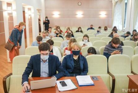 Эканамічны суд Мінска працягне разглядаць іск аб пазбаўленні TUT.BY статусу СМІ